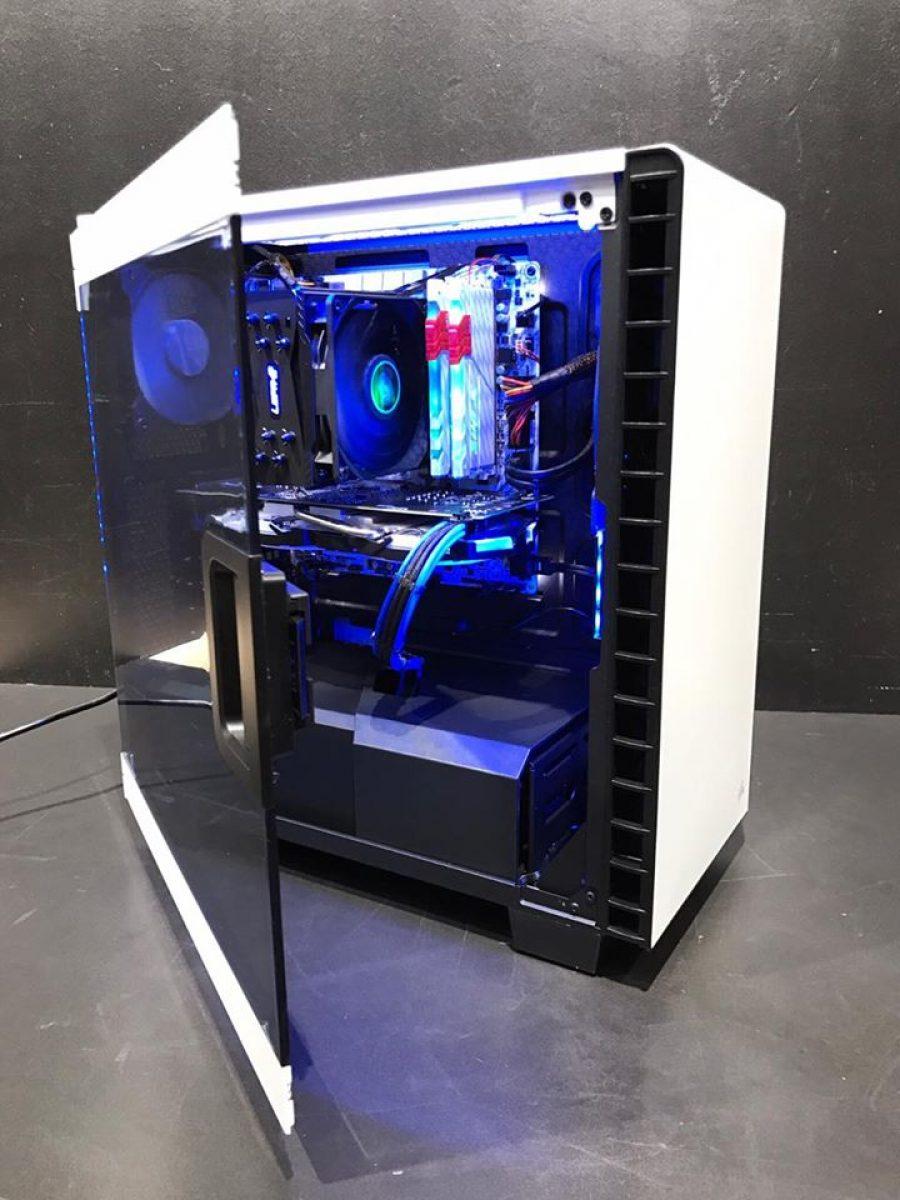 Pc gamer white hawk 999 config for Bureau pc gamer